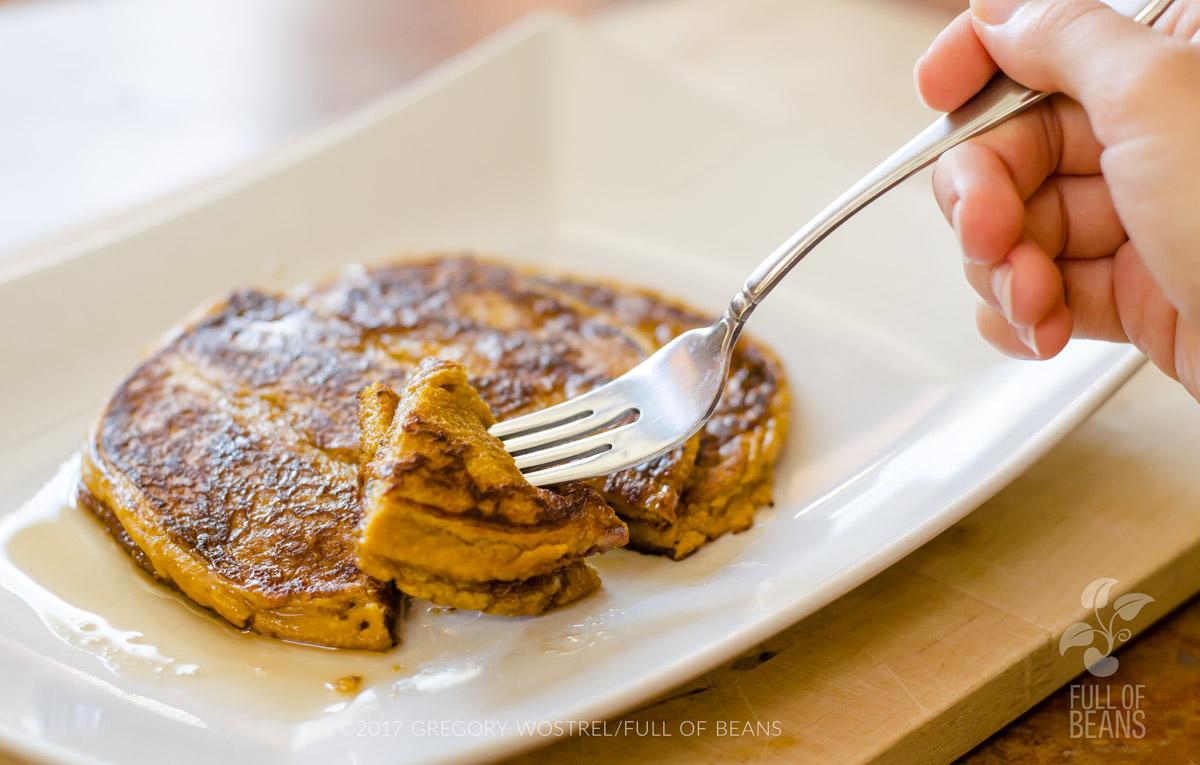 Gluten Free, Oil Free, Vegan Pumpkin Pancakes